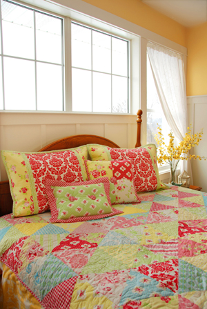 Bound Pillow Sham with Center Decorative Insert and Small Accent Pillows