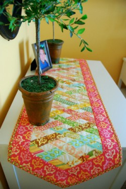 The Over-Under Table Runner color option